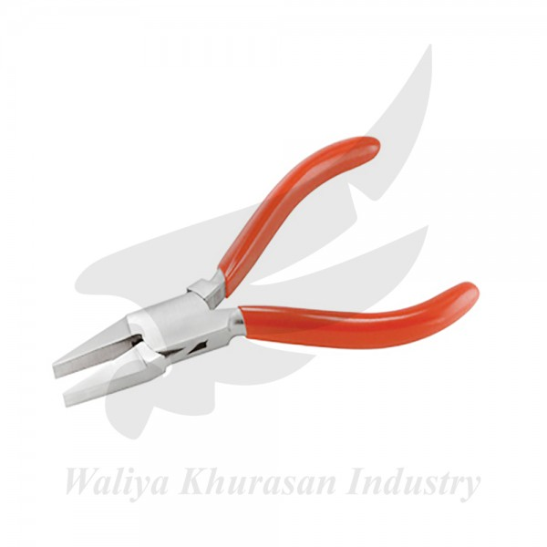 FLAT NOSE PLIERS 135MM